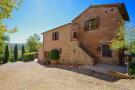 3 bed Farm House in Castiglione Del Lago...