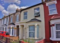 3 bedroom Terraced house for sale in Glenwood Road, London