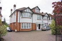 7 bed Detached house in Broad Walk...