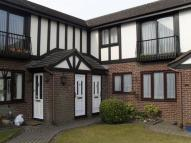 1 bed Apartment to rent in Tudor Court, Loring Road...