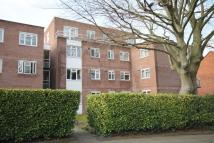 2 bedroom Flat to rent in Grasmere Court...