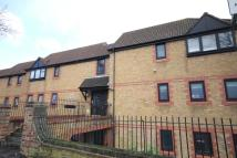 1 bed Flat in Greyhound Road,  , Sutton