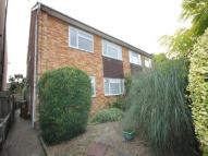 Flat in Oakhill Road, Sutton,