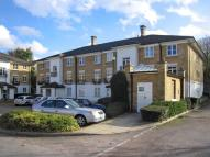Apartment in Kingswood Drive Sutton...