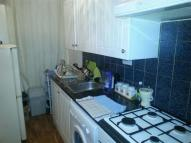 2 bedroom Flat to rent in Dowsett Road...
