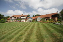 5 bedroom Detached property for sale in Little Burton...