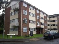 2 bed Flat to rent in Leahurst Court...