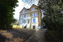 1 bed Maisonette to rent in Harefield Road, Uxbridge...