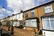 5 bedroom Terraced house to rent in Moorfield Road, Uxbridge...