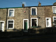 2 bedroom Terraced home to rent in Burnley Road, Harle Syke...
