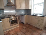 2 bedroom Terraced house to rent in May Street, Barrowford