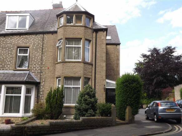 5 Bedroom Terraced House For Sale In Scott Park Road Burnley