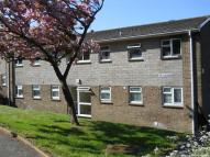 Flat to rent in Lowtherville Road...