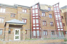 Flat to rent in CLEPHANE ROAD, London, N1