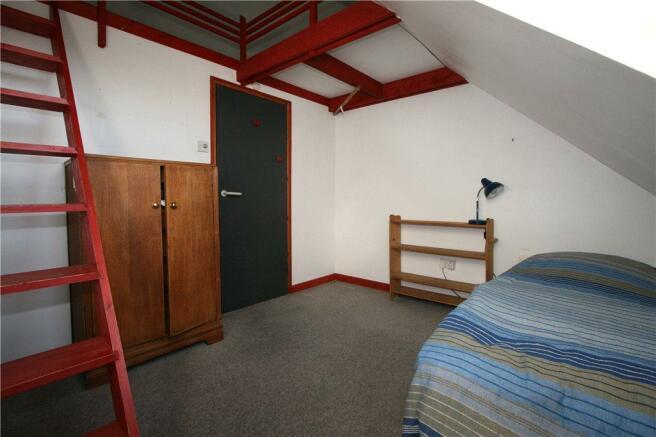 Bedroom With Mez
