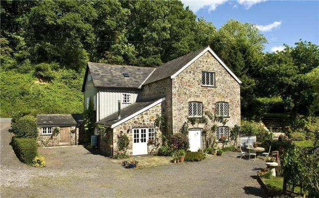 5 Bedroom Detached House For Sale In Stone Mill Chawleigh