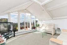 3 bedroom Flat in Belsize Square, NW3