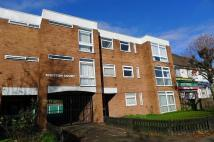 2 bed Flat to rent in Bristol Road South...
