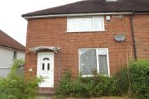 4 bed semi detached home to rent in Totteridge Road...