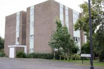 1 bedroom Flat in Wallington Court...