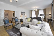 5 bed Flat in Grosvenor Square...