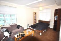 Flat to rent in Warren Court...