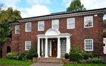 5 bedroom house to rent in Beaumont Gardens...