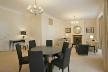 3 bed Flat to rent in St Georges Court...