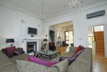 6 bedroom house in Ovington Square...