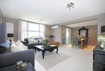 3 bed Flat in Boydell Court...