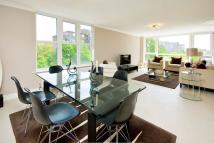 3 bedroom Flat to rent in Boydell Court...