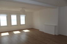 Flat to rent in Clacton Sea Front