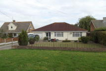 Bungalow to rent in Point Clear