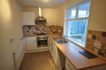 2 bedroom semi detached house to rent in Lyndhurst Avenue...
