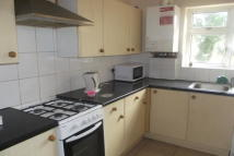 2 bedroom house in Seven Kings  IG3
