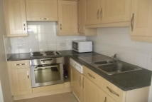 Apartment to rent in GANTS HILL  IG2