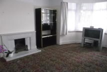 3 bedroom property in REDBRIDGE  IG4