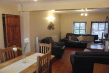 BANGOR Terraced property to rent
