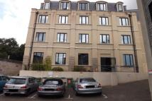 2 bed Apartment to rent in Kingsteignton Road...
