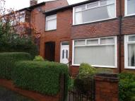 2 bed semi detached house in Kestrel Avenue, Oldham