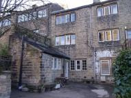 Terraced home to rent in Church Road, Uppermill