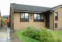2 bedroom Semi-Detached Bungalow to rent in Birchwood, CHADDERTON...