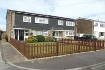 3 bed house to rent in Holme Crescent...