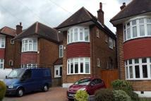3 bed semi detached property to rent in Friars Walk, N14 5LP