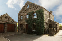 4 bed Detached property for sale in Corbett Way, Denshaw...