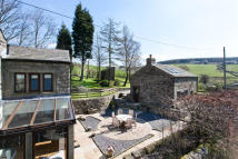 5 bed Detached house in Castle Hill House &...