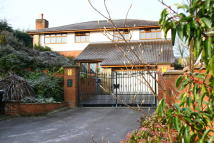 Detached home in The Pentlands, Shaw
