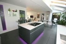 4 bed Detached house in Woodlea, Altrincham