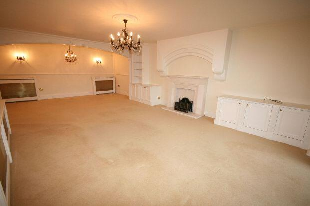 Living/Dining Room A