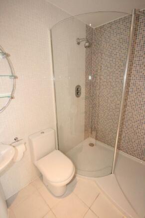 En-Suite Shower 3 As